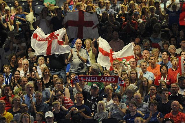 болельщики сборной англии по настольному теннису